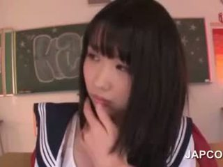 Delicate азиатки училище кукла прецака от тя учител