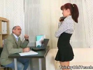 Stefany fucks tricky gammel lærer