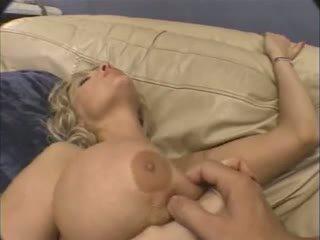 Enorme teta madura anal.