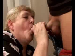 Miang/gatal nenek gilf swallowing babe zakar/batang