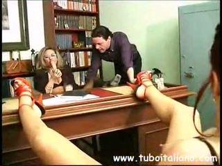 Piss; itaalia female juht