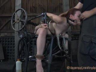 Hardcore clamping kohta kuum jugs