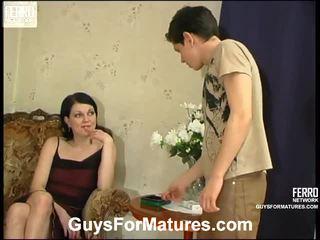 Flora dan timothy menakjubkan mama onto video