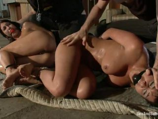 hq sexy yo yo cop girl, scared for a big cock ideaalne, shows their shaved täis