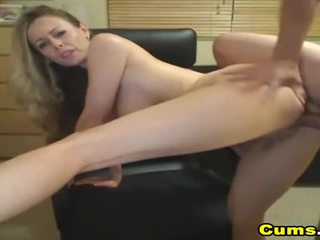 Pieptoasa blond nevasta sucks și rides hd