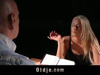 Oldje: chelsey lanette banged poolt an vana bald mees