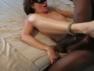 Squirting mature wife while  fuck bbc