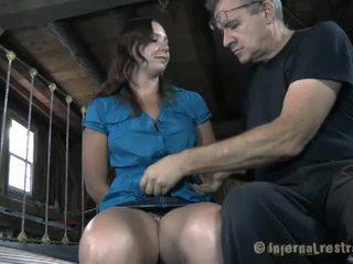 כבול בייב needs סקסי עינוי