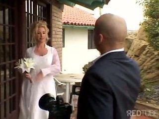Taylor lynn fucks sur son mariage