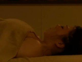 Mosaic: spycam reluctant noor abielunaine molestd poolt masseur