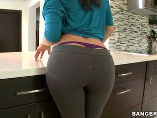 check babes, more big ass, great butts