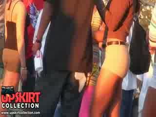 Masikip pants girls are walking sa front ng me deliciously waving ang incredible asses