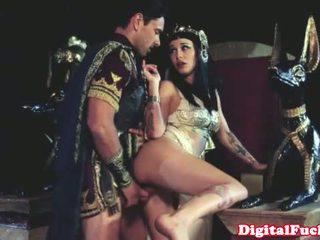 Cleopatra 他妈的 另一 roman dude