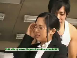 Sora aoi innocent غير مطيع الآسيوية أمين enjoys getting