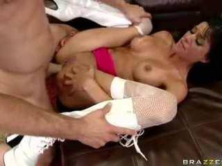 Sizzling playgirl haley wilde is having fun getting hammered on this chabr inviting göt