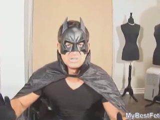 Tickle podľa superheroine