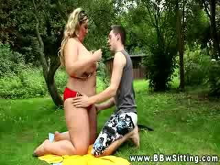 Sexy Big Beauty riding her guys face after she gets her nipples sucked