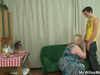 Mesum oldie seduces son in law