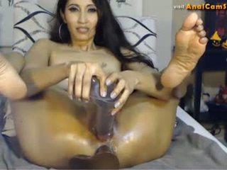 Asiática miúda mai linn loves anal
