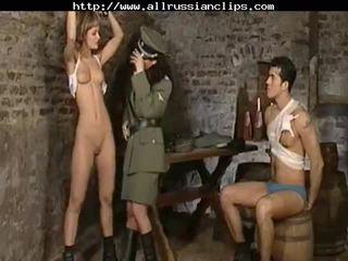 Dominant russians väärinkäyttö prisoners venäläinen cumshots niellä