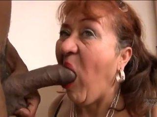 Picked üles vana hispaania vanaema jaoks screwing pleasures