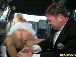 Rampant inang kaakit-akit rides kanya moist pus.