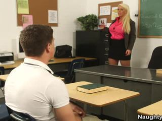 Huge jug master alura jenson acquires her students huge rooster