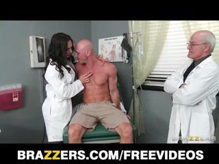 Bela doctor's assistant destiny dixon fucks dela hung paciente