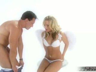 Sexe vidéo vilain fille viva takes une profond baise
