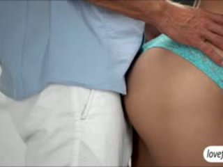 Kõik loomulik beib natalia starr teases tema bf sisse erootiline seks