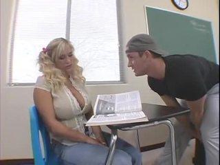 Shyla Stylez in classroom