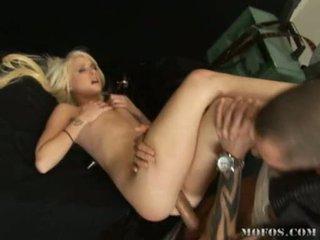 Hawt ผู้หญิงสวย alexia sky receives a thick ควย drilling deeper ใน เธอ ถุงน่องรัดๆ สีชมพู ลักพาตัว
