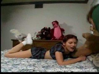 Stepdad dan beliau anak perempuan
