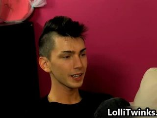طرفة عين, اللسان مثلي الجنس, تحمل الإمتصاص غاي