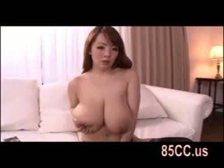 बस्टी hitomi tanaka महान titsjob