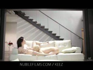 Aiden ashley - nubile videófilmek - leszbikus lovers megosztás édes punci juices