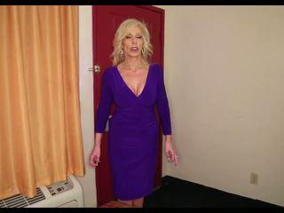 成熟 titty 他妈的: 自由 奶奶 高清晰度 色情 视频 e3