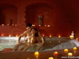 Egzotiškas lovers masažas už merginos, nemokamai hd porno dd