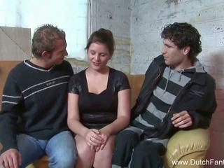 Random olandes pangtatluhang pagtatalik sa holland, Libre pornograpya ea