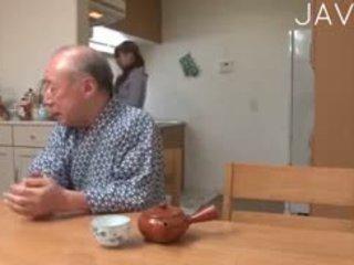 اليابانية أي, القديمة + الشباب أكثر, حر في سن المراهقة مرح