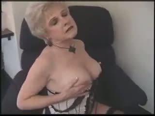 Horny pissing chics blogspot