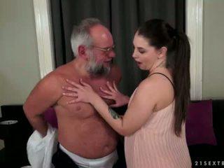 Angelina brill fucks an старший gentleman