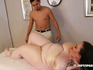 Suur pepu ilusad suured naised glory foxxx saama perse massaaž poolt suur riist
