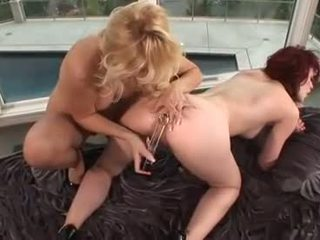 kissing fresh, all pussy licking rated, hot babes