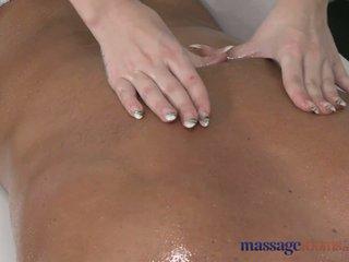 Масаж rooms білявка masseuse screams з joy як вона takes масивний пеніс