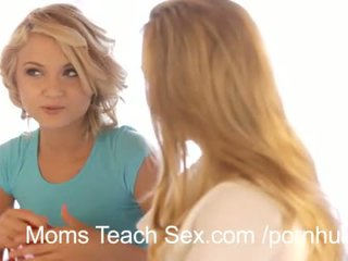 mlada, 3some, velike joške, lezbijka