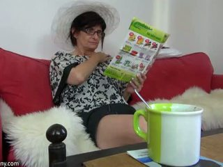 Oldnanny grannies at tinedyer ay playing may different sextoy