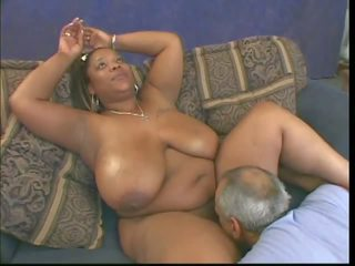 hitam dan ebony, antara kaum, tits semula jadi besar
