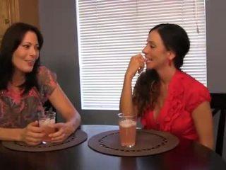 Ariella Ferrera & Zoey Holloway Handjob