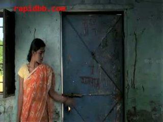 Village fille maltraitance par richman